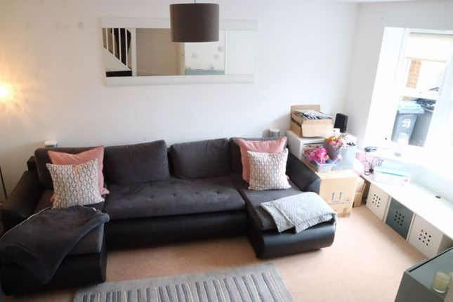 2 bed semi-detached house to rent in Yeovilton Place, North Kingston Ham Boarders KT2