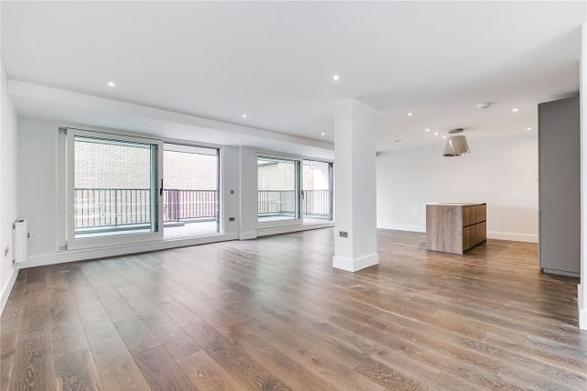 Thumbnail Flat for sale in 25 Downham Road, London