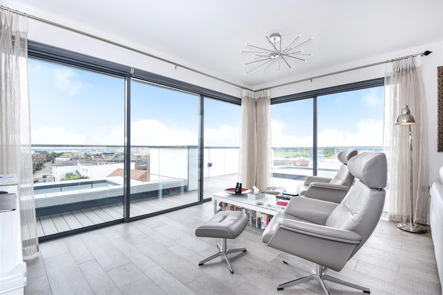 Thumbnail Flat for sale in New Orchard, Poole