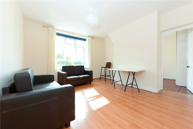 Thumbnail 3 bed flat to rent in Homerton Road, Homerton