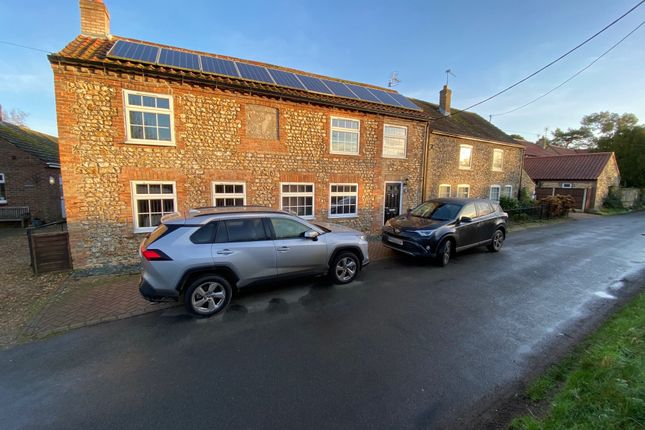 Thumbnail Cottage for sale in Furlong Road, King's Lynn