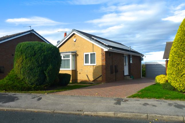 Thumbnail Detached bungalow to rent in The Fairway, Pontefract