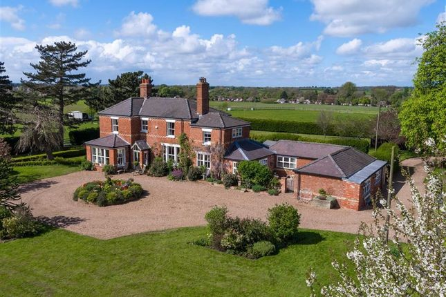 Thumbnail Equestrian property for sale in South Lane, Middle Rasen