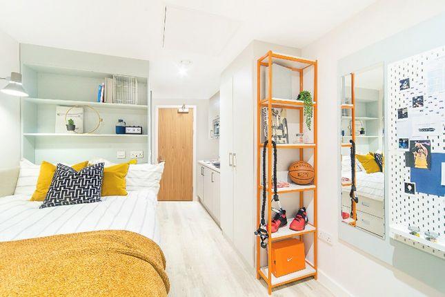 Room to rent in 66 Alexander Road, Swansea SA1