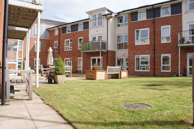 Thumbnail Flat for sale in Manor Gardens, Hough Fold Way, Harwood