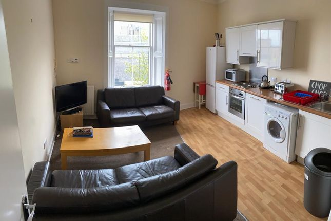 2 bed flat to rent in Friars Street, Stirling Town, Stirling FK8