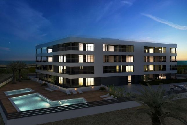 Thumbnail Apartment for sale in La Mata, La Mata, Spain