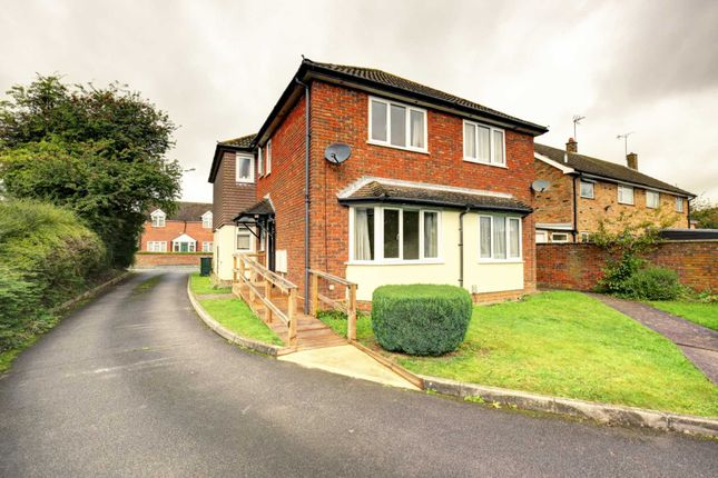 Thumbnail Town house to rent in The Laurels, Ash Road, High Wycombe
