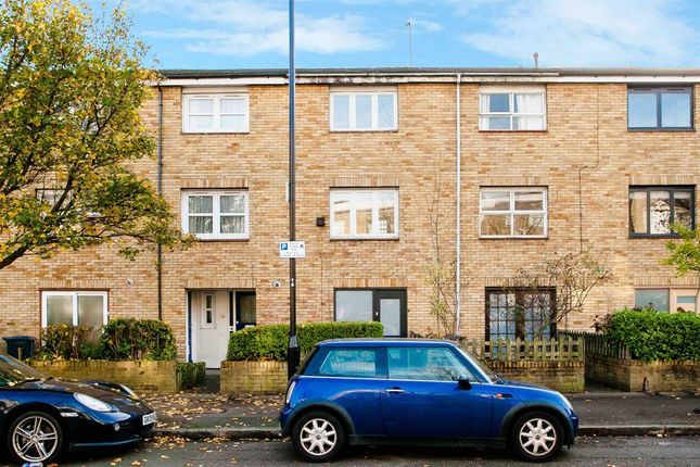 Thumbnail Terraced house to rent in Middleton Road, London