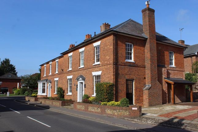Thumbnail Flat for sale in West Street, Farnham