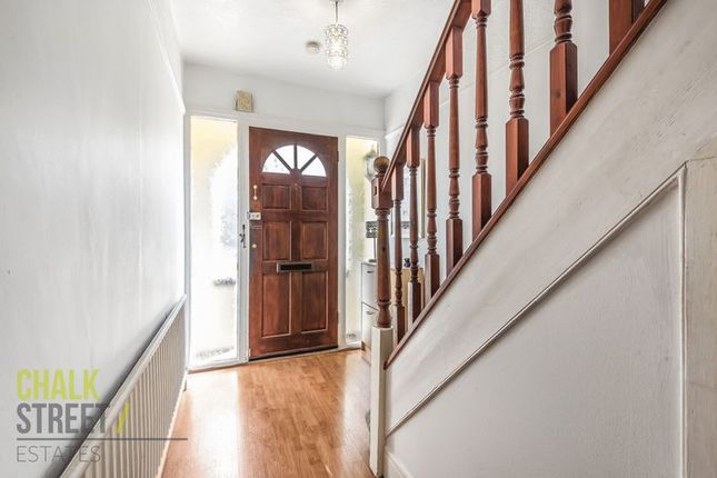 Photo 3 of Kingsley Gardens, Hornchurch RM11