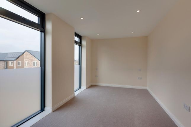 Master Bedroom of Hemsworth Road, Sheffield S8