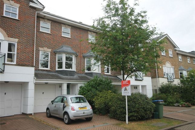 Thumbnail Town house to rent in Hayward Road, Thames Ditton, Surrey