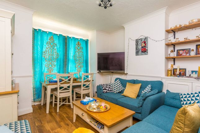 Thumbnail Flat for sale in Delia Street, Wandsworth, London