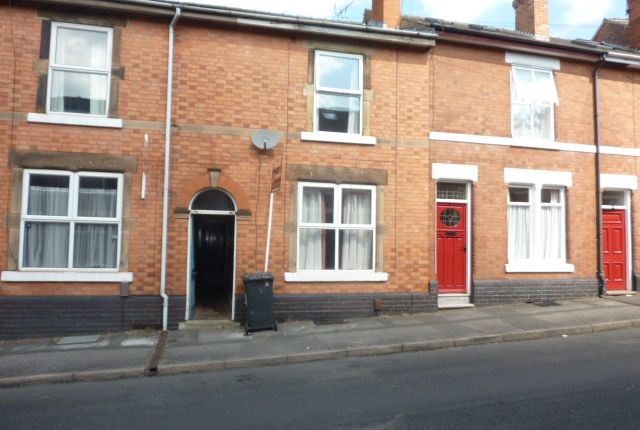 Thumbnail Shared accommodation to rent in Longford Street, Derby