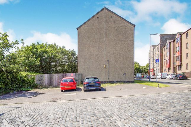 Parking of Graham Place, Dundee DD4
