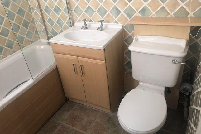 Bathroom of Eastern Way, Lowestoft NR32