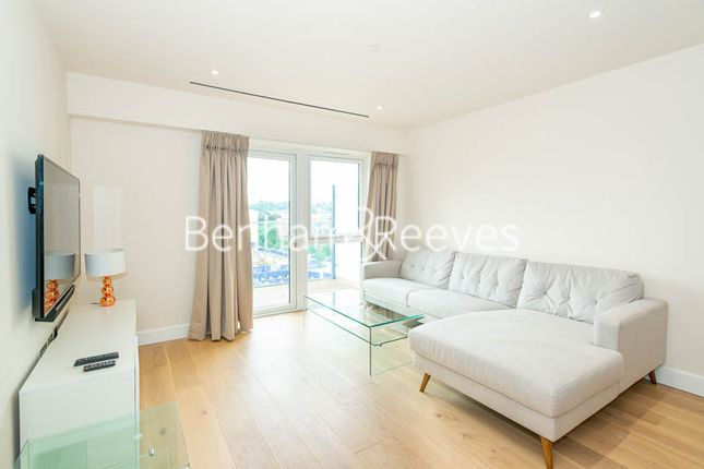 Thumbnail Flat to rent in Beaufort Square, Colindale
