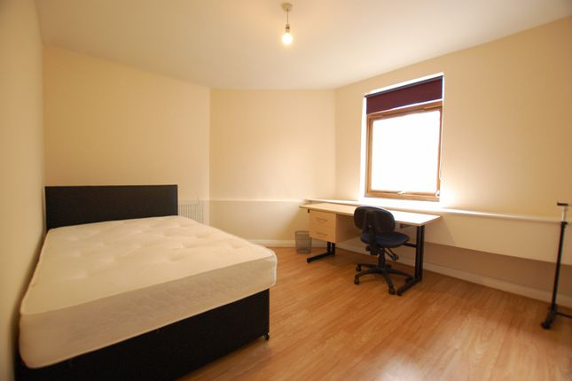 Thumbnail Shared accommodation to rent in Beeley Street, Sheffield, South Yorkshire