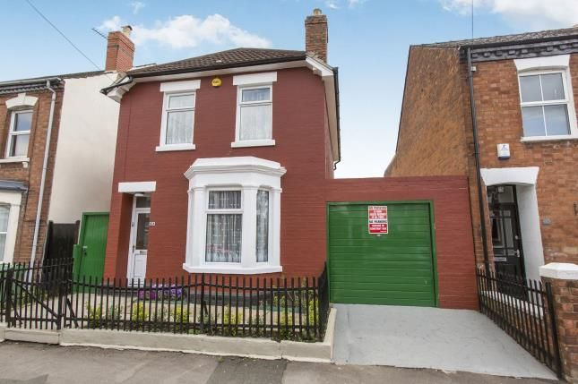 Thumbnail Detached house for sale in Oxford Road, Gloucester, Gloucestershire, Kingsholm