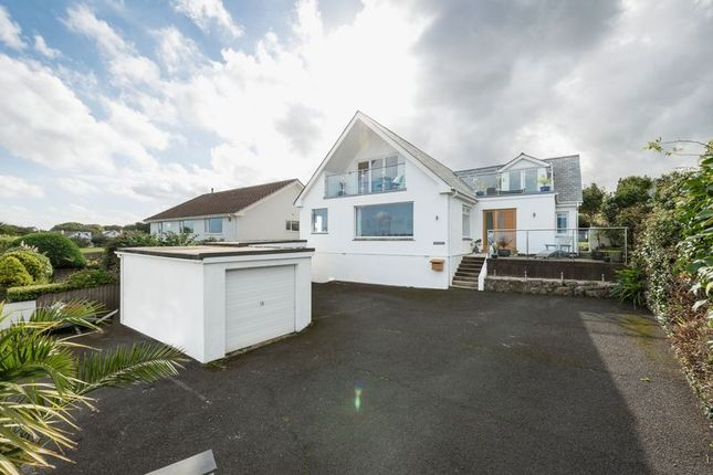 Cross estates tr26 property for sale from cross estates for 27 the terrace st ives for sale