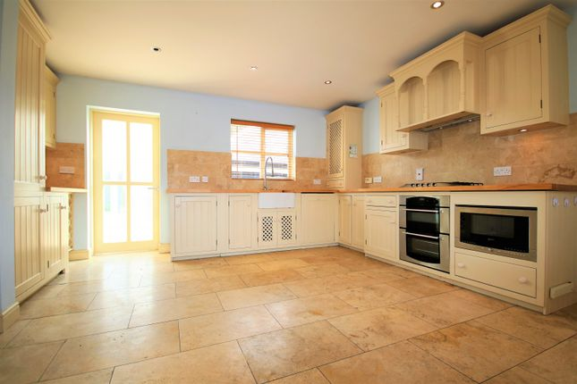 Thumbnail Property to rent in Castlefields, Chelmsford