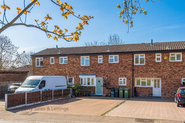 Thumbnail Terraced house for sale in Glamis Close, West Cheshunt, Hertfordshire