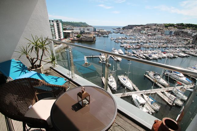 Thumbnail Flat for sale in Pinnacle Quay, Harbour Avenue, Plymouth