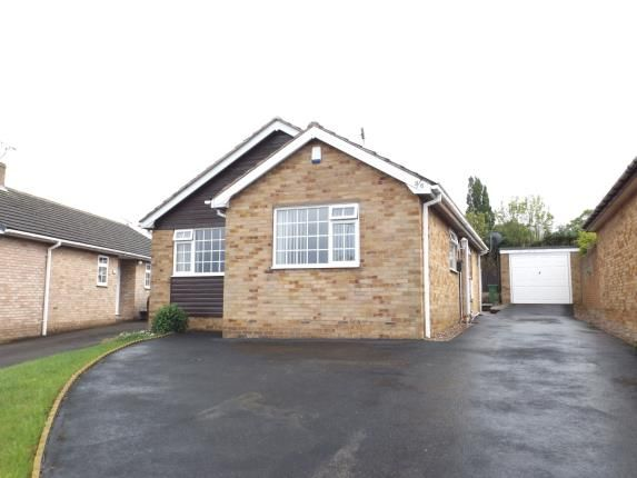 Thumbnail Bungalow for sale in Meadow Hill Road, Hasland, Chesterfield, Derbyshire