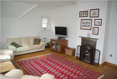 Thumbnail Flat to rent in Bracknell Gardens, Hampstead