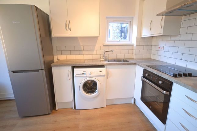 Thumbnail Flat to rent in Engleheart Road, London