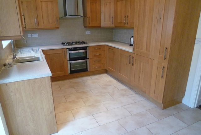 4 bed town house for sale in Silk Mill Way, Middleton, Manchester
