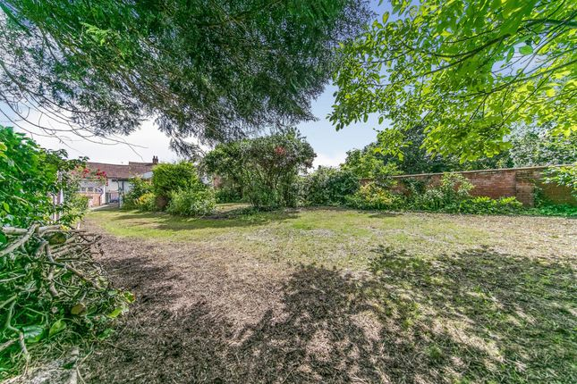 Thumbnail Terraced bungalow for sale in High Street, Hadleigh, Ipswich
