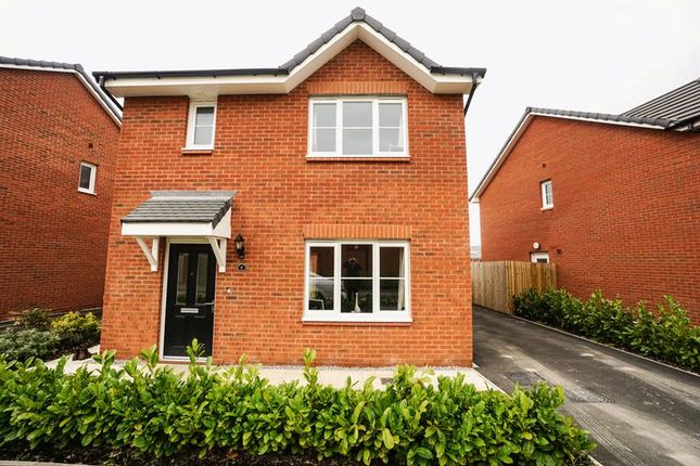 Thumbnail Detached house to rent in Rossendale Drive, Adlington, Chorley