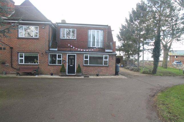Room to rent in Kettering Road, Hannington, Northampton NN6