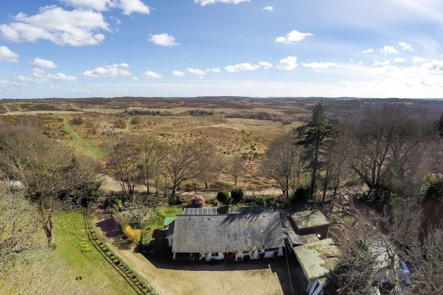 5 bed property for sale in Picket Hill, New Forest, Ringwood