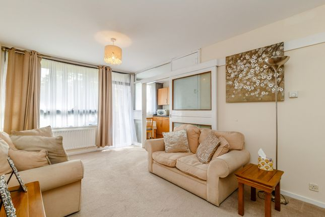 1 bed flat for sale in Lillington Gardens, Henry Wise House, Vauxhall Bridge Road, London, London