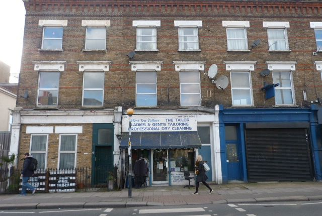 Studio for sale in Kilburn Lane, London