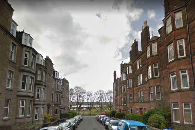 Thumbnail Flat to rent in Bellefield Avenue, Dundee, Tayside