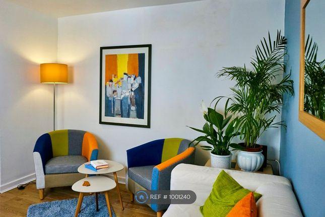 Living Area - Cool Colour Scheme!