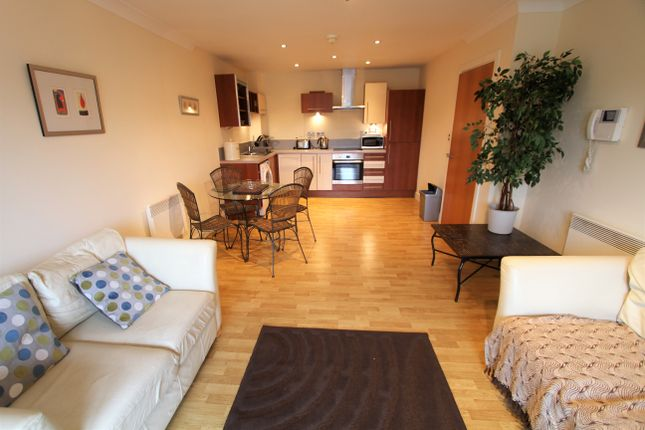 Thumbnail Flat to rent in The Wharf, Chester, Cheshire