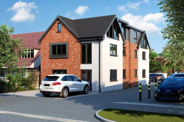 Thumbnail Flat for sale in Crossways, Shenfield, Brentwood