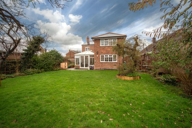 Thumbnail Detached house for sale in Moor End, Eaton Bray, Bedfordshire