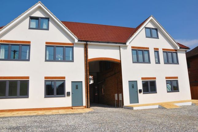 Thumbnail Flat for sale in Weyhill Road, Andover