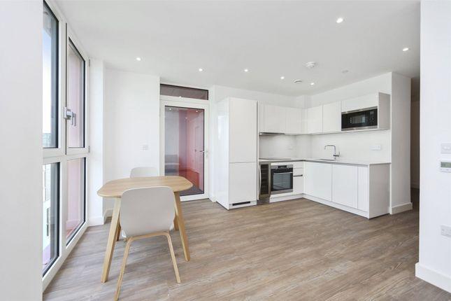 Studio to rent in Telegraph Avenue, London SE10