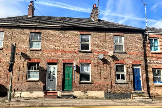 2 bed terraced house to rent in Frogmore Street, Tring HP23