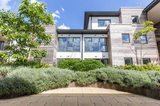 Flat for sale in Melville, Parkway, Newbury
