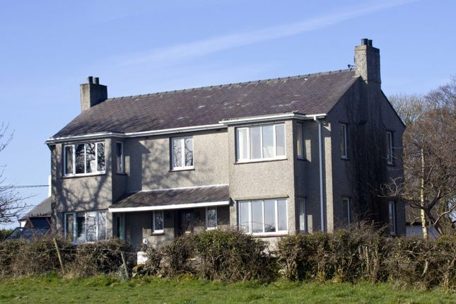 3 bed detached house for sale in Pentrefelin, Amlwch