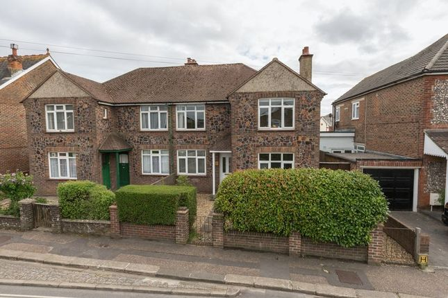 Thumbnail Flat for sale in Spitalfield Lane, Chichester