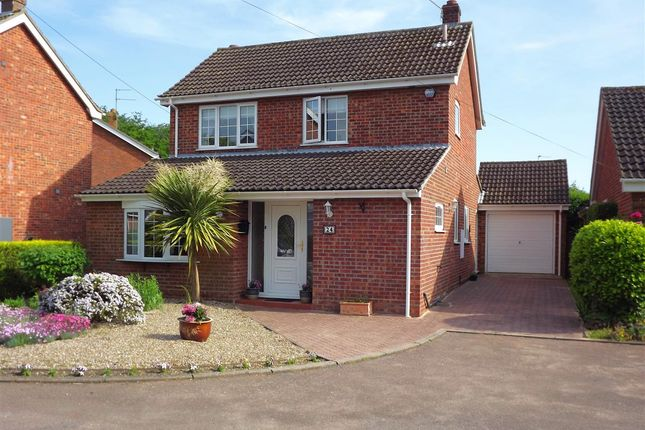 Thumbnail Property for sale in Nursery Close, Acle, Norwich